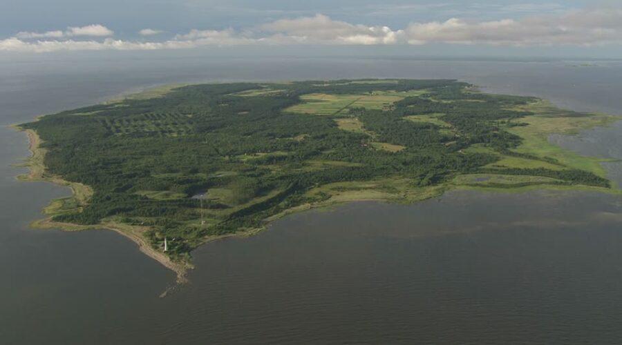 458034951-kihnu-baltic-sea-island-forest